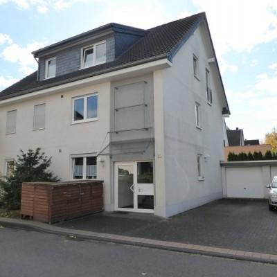 Erdgeschosswohnung mit Garten und Garage in guter Wohnlage von Mondorf