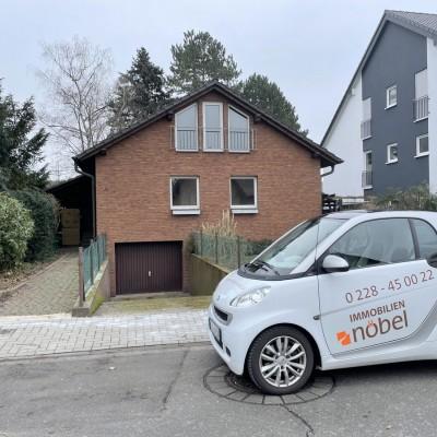 Freistehendes Einfamilienhaus mit Garage in guter Wohnlage von Bergheim