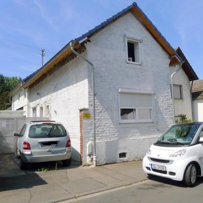Kapitalanlage! 2 kleine Häuser in Niederkassel-Rheidt