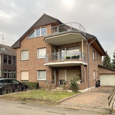 4-Zimmerwohnung mit großem Balkon und Pkw-Stellplatz